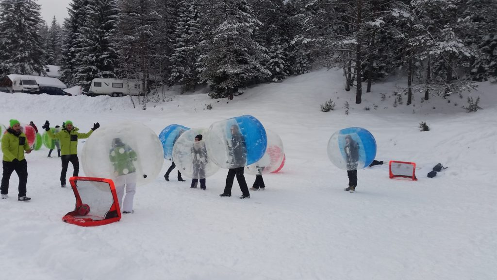 Bubblesoccer Schnee